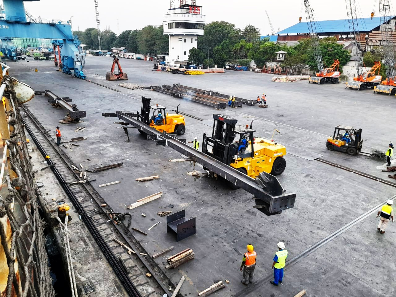 Kegiatan Export Perdana Steel Structures TG. PRIOK, Jakarta to Vancouver, Canada
